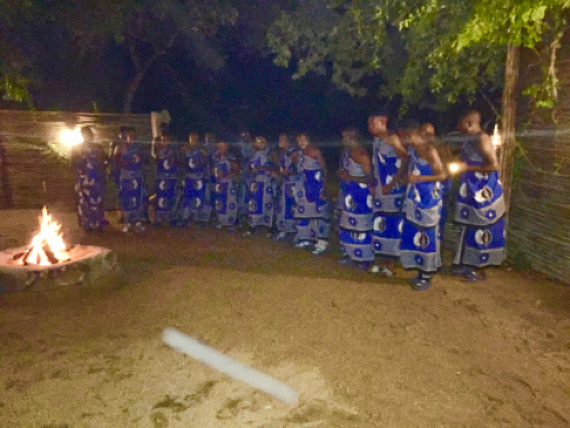 Traditional African dance at the Svanna Lodge Sabi sands