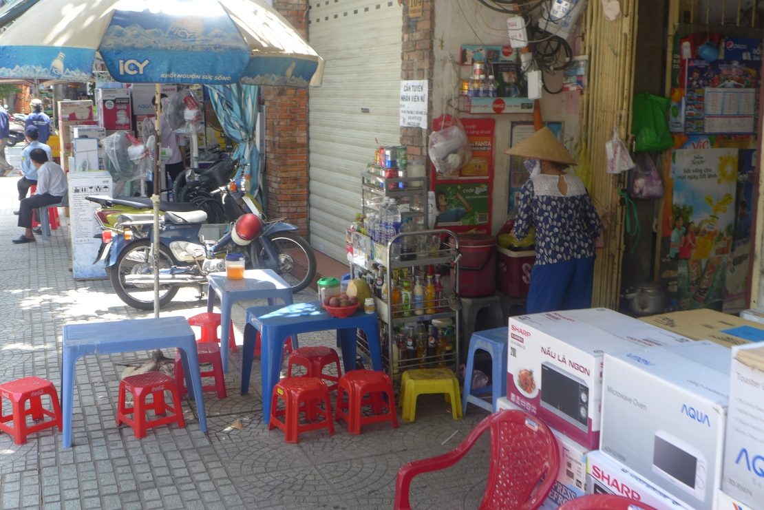 During our Vietnam adventure we saw many a street shops