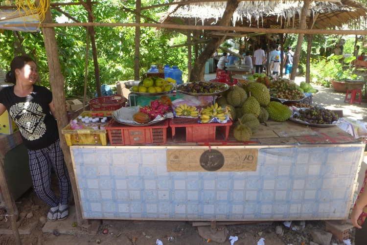 Fresh fruit and veg for Ho Chi Minh City food supplies